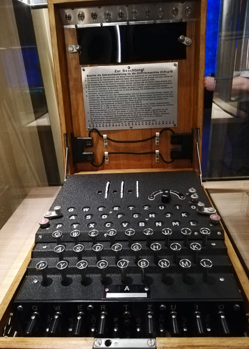 Bletchley_Park_15_Enigma